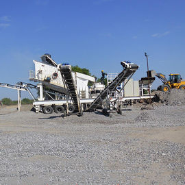 AC Motor Mobile Jaw Crusher, Rock Crushing Machine 100-120t / h Untuk Stone Crusher Plant